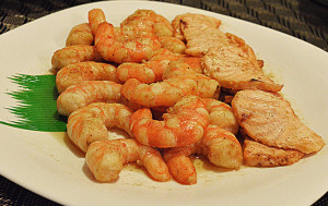 Pan Fried Shrimps & Salmon Bites in Spiced-Herbed Butter_1024